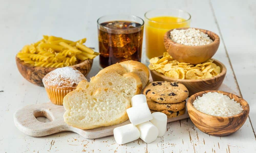 La consommation de glucides raffinés augmente le risque de nombreuses maladies, y compris l'obésité, les maladies cardiaques et le diabète.