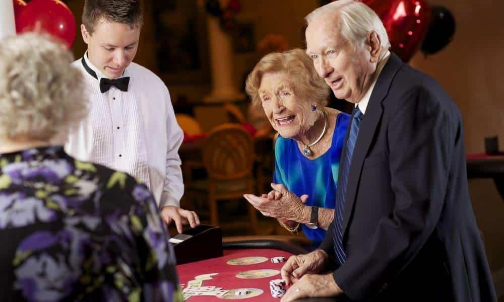 Le casino : un bon stimulant pour les seniors