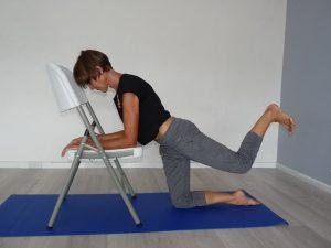 Apprenons à bien étirer nos muscles du grand fessier avec Isabelle Balland