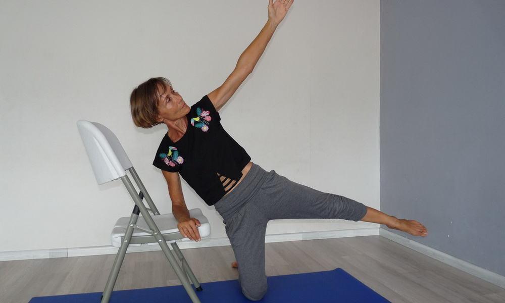Apprenons à bien étirer nos muscles du fessier avec Isabelle Balland