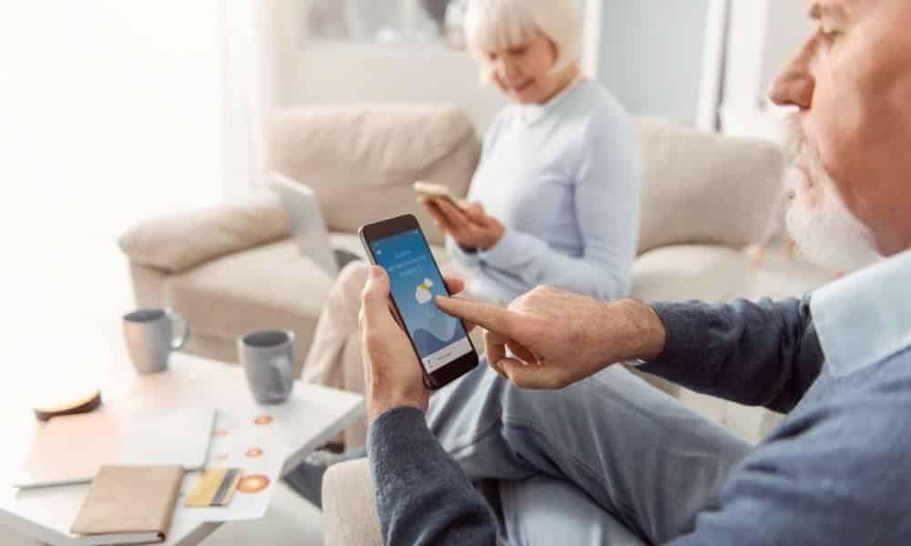 Voici notre Top 3 des applications mobiles pour les quinquas et les plus âgés