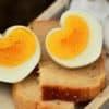 Pauvre en glucide, l'œuf est l'aliment idéal à consommer au petit-déjeuner