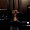 née en Guyane, Tina LY interprète Truc De Fou