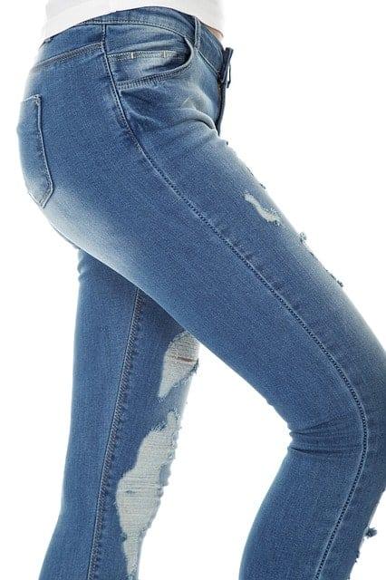 Tout savoir pour bien choisir son jean à 50 ans
