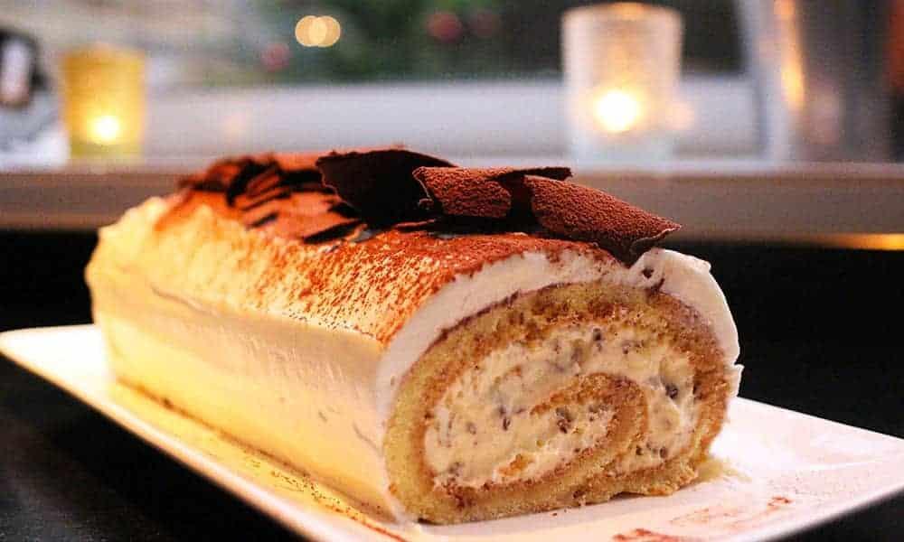 Cette recette de bûche de Noël Tiramisu est à tomber par terre : essayez-la