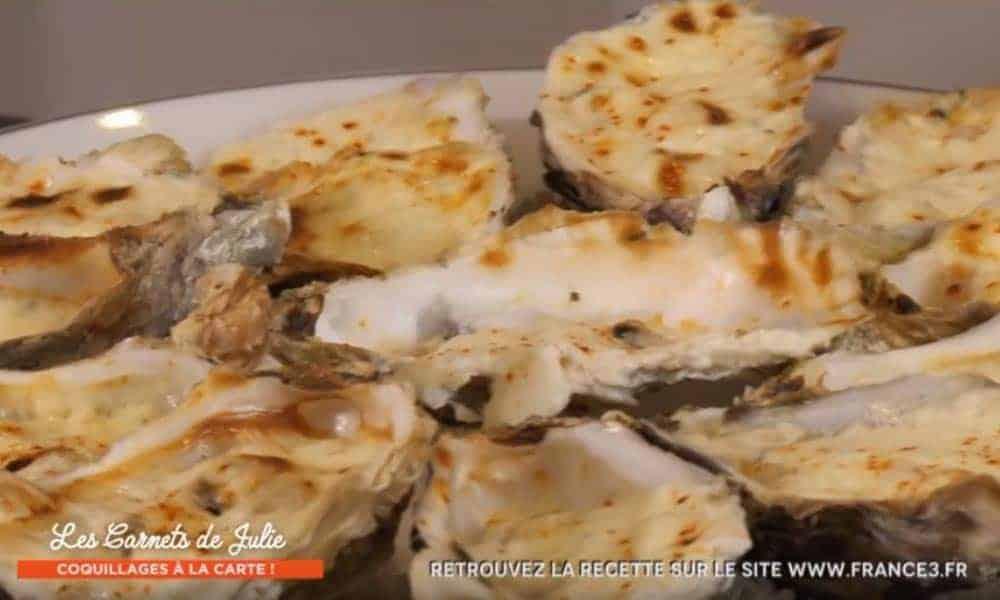 Invité par Julie Andrieu, Gilles nous dévoile sa recette d'huîtres gratinées au four