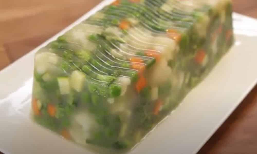 Une terrine de légumes servie avec une salade ou une viande, what else ?