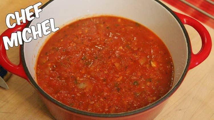 Les quinquas et seniors aiment tous la sauce tomate maison du Chef Michel. Voici la recette tant demandée.