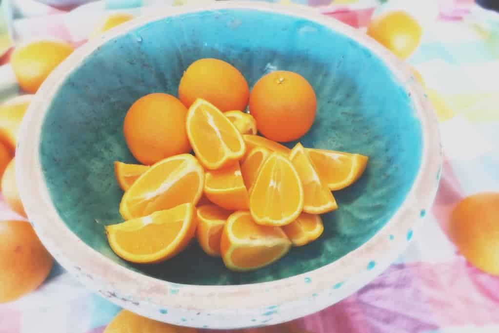 Découvrez pourquoi consommer plus de vitamine C est essentiel à votre santé. Plus de fruits et de légumes pour plus de vitalité au quotidien.