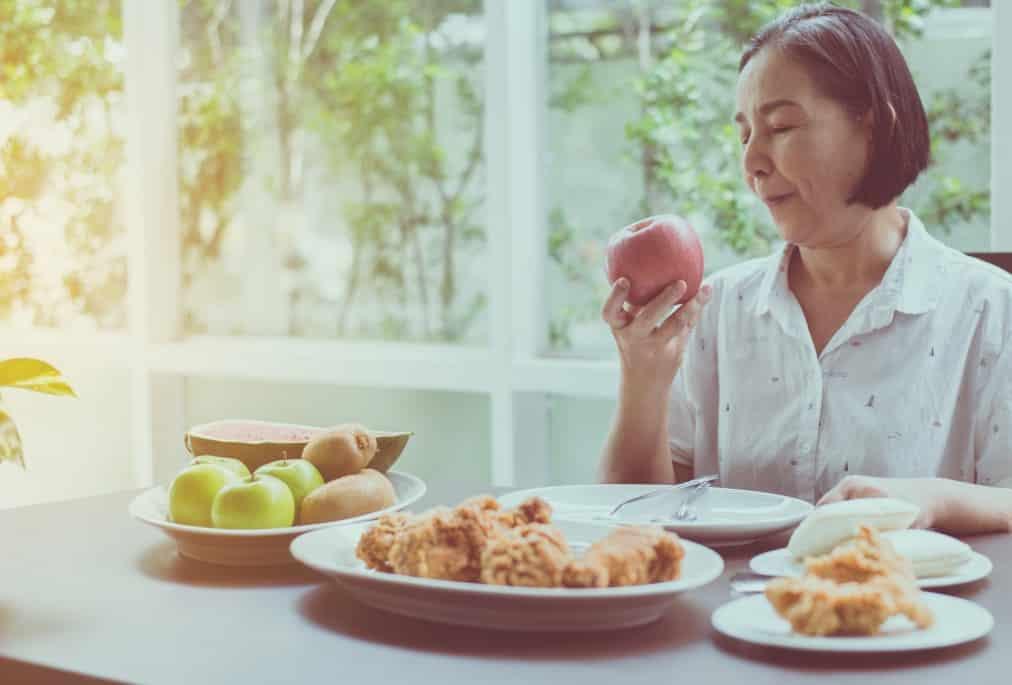 Découvrez les aliments qui aident à booster votre système immunitaire au quotidien. Soyez plus fort et évitez les maladies hivernales en mangeant mieux.