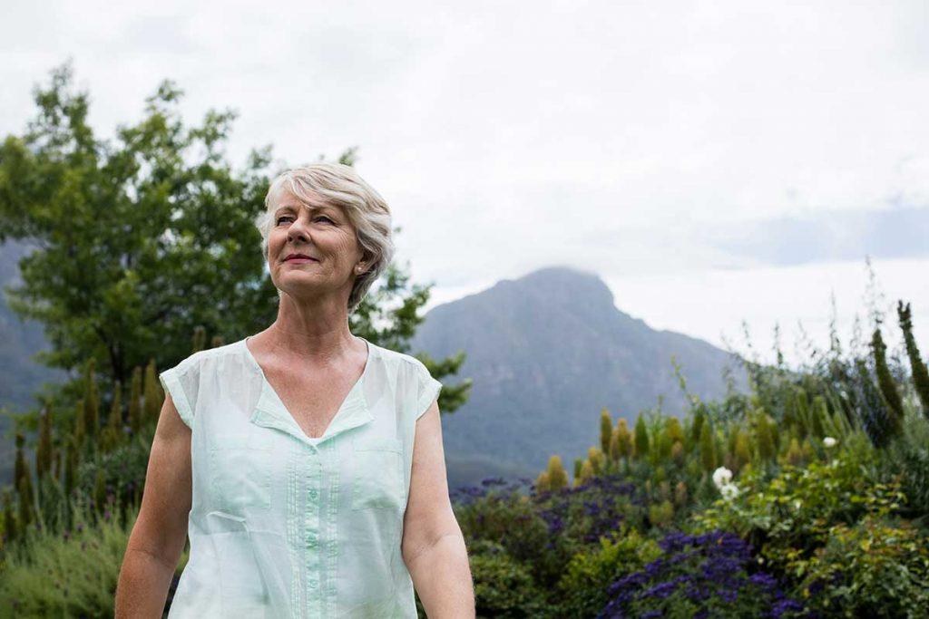 Découvrez nos conseils pour bien vieillir. On vous donne nos astuces pour rendre cette période plus agréable et facile à vivre.