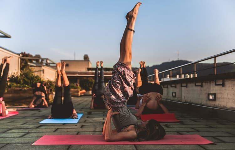 Le yoga hormonal ou yoga des hormones est une pratique visant à aider les femmes à faire face aux problèmes de la ménopause.