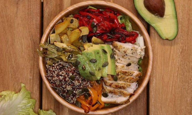 Le Buddha Bowl est un repas complet réuni dans un plat unique aux couleurs énergisantes. Ce plat est idéal pour booster sa vitalité.